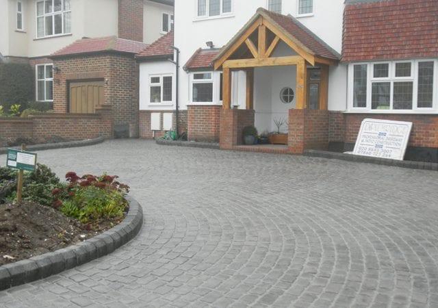 Carshalton Beeches - InOut Drive